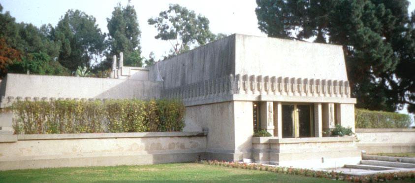 Barnsdall House, 1917-21