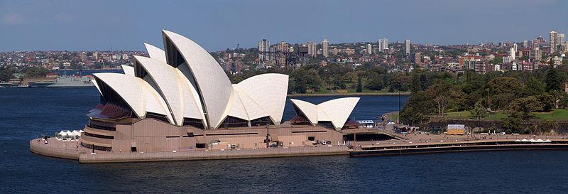Casa de la Ópera de Sydney en 2004.Fuente: Wikimedia Commons. Imagen: Christian Mehlführer