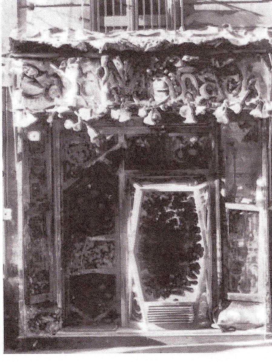 Fachada tienda Mañach, 1911, J. M. Jujol. Fotografía ex
