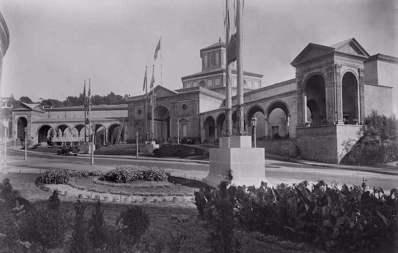 Palau de les Arts Gràfiques. 1929